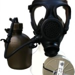 Israeli M-15 Gas Mask with Nato Filter and Hydration Canteen New